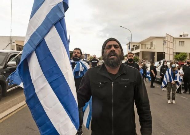 قبارصة يونانيون يتظاهرون ضد زيارة أردوغان