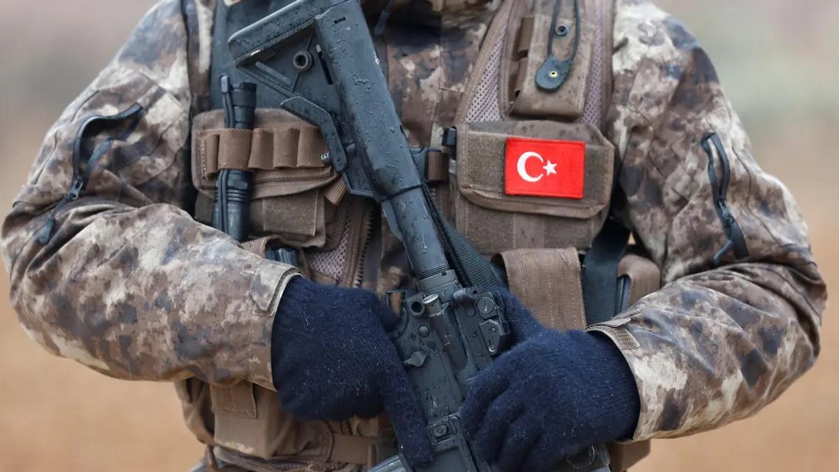 مقتل جنديين تركيين في هجوم شمال سوريا