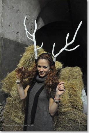 Eva Rico horns