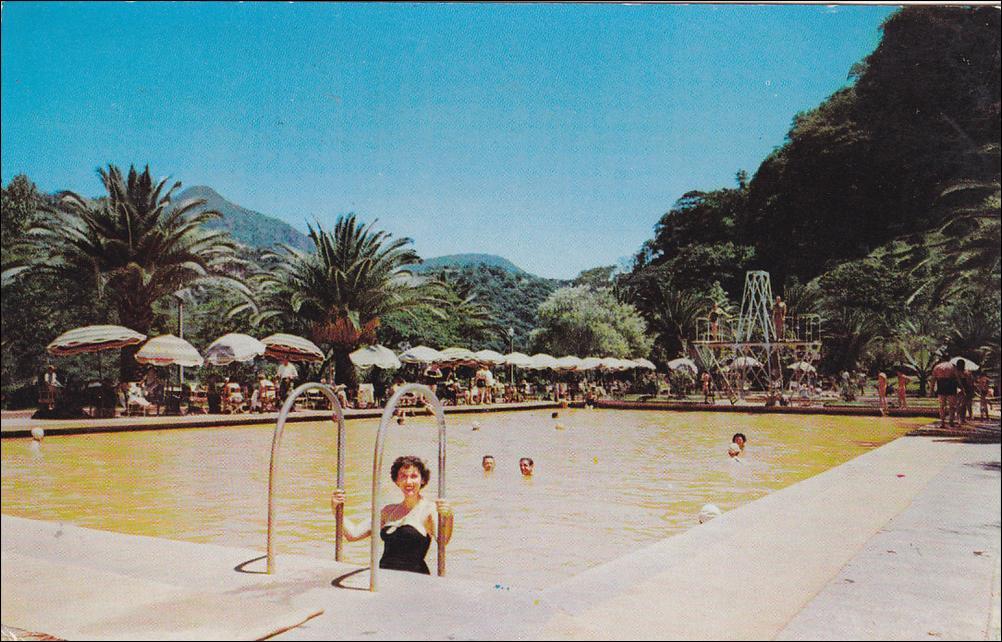 Rafael carballo recuerda su primer hotel san jos pur a for Piscina carballo