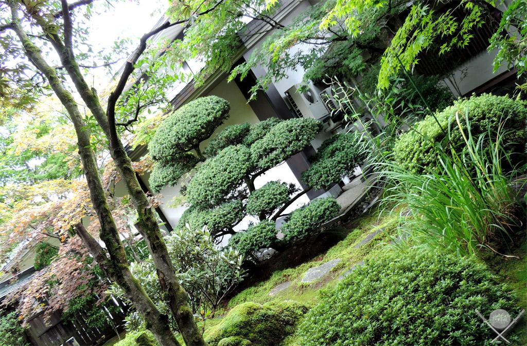 Nikko Shoyoen garden