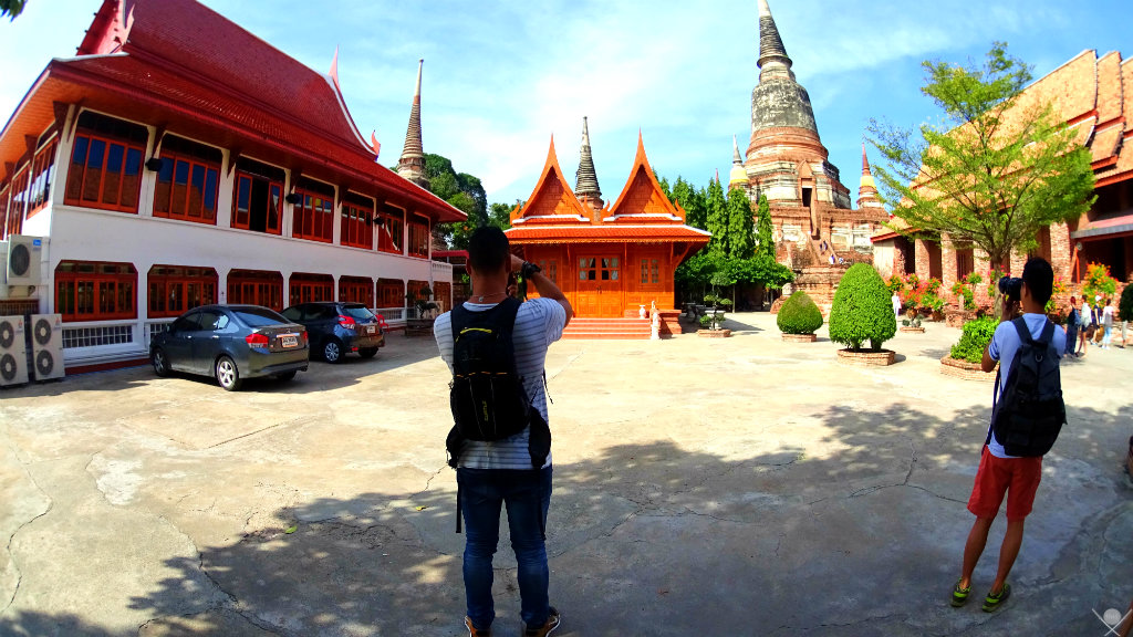 Thailand Ayutthaya Augusto tirando foto Vida de Tsuge VDT 1024x576