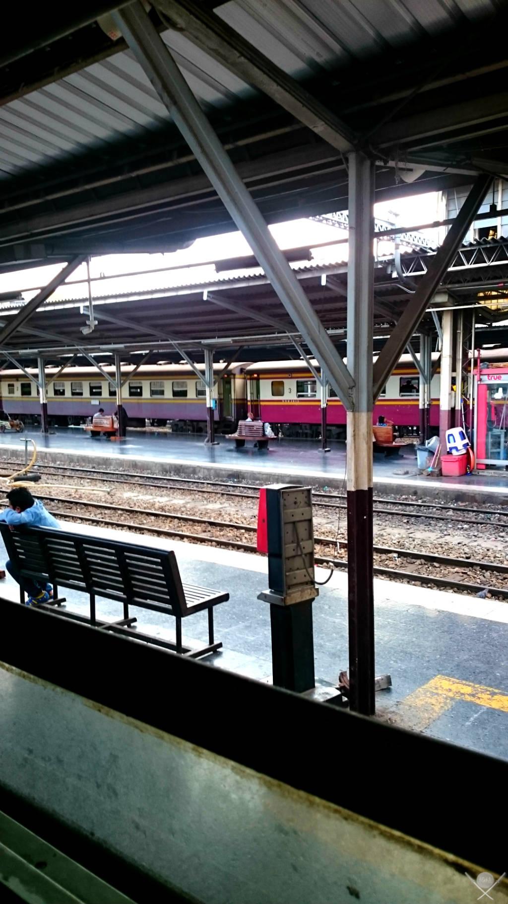 Thailand Ayutthaya Trem Vida de Tsuge VDT 1024x1820