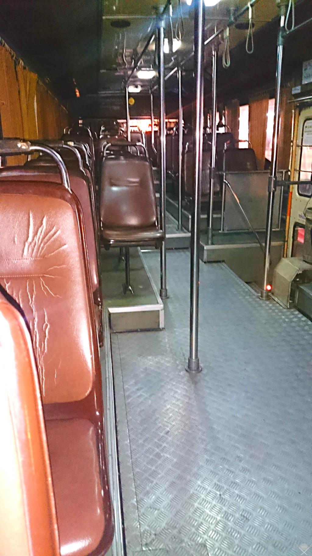 Thailand Kanchanaburi Bus 1 Vida de Tsuge VDT 1024x1820