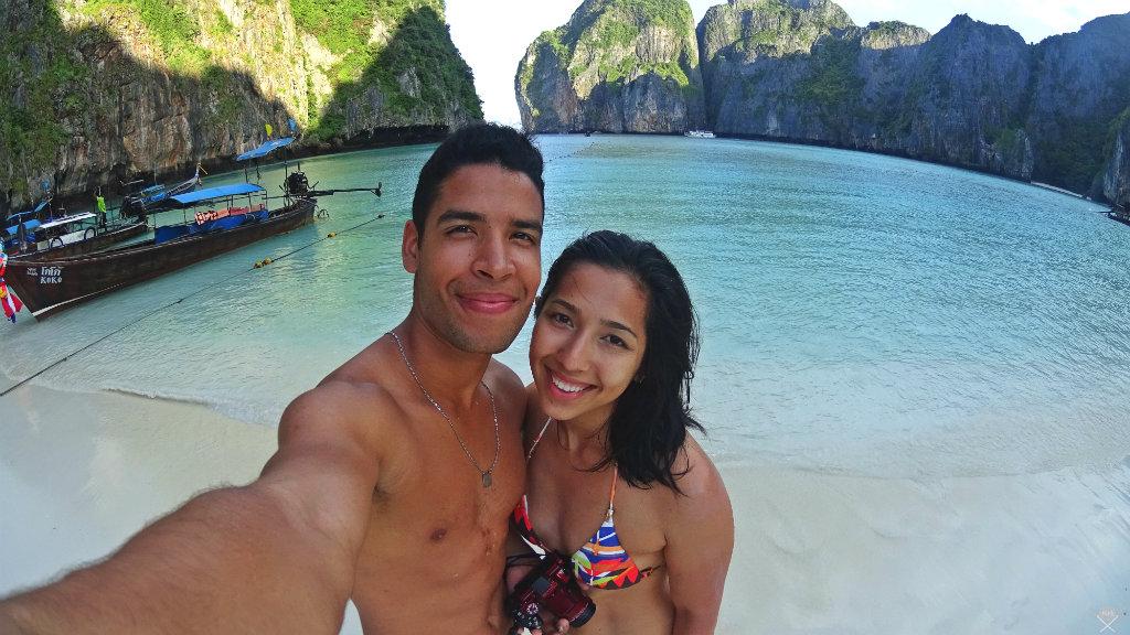 Thailand - Koh Phi Phi - Maya Bay Selfie - Vida de Tsuge - VDT - 1024x576