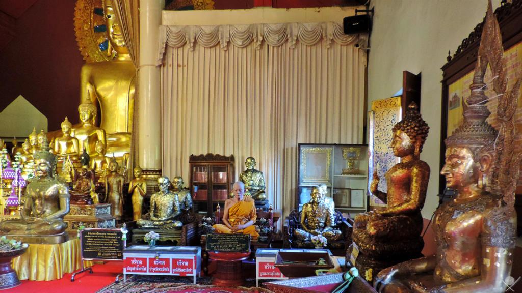 Thailand - Chiang Mai - Wat Phra Singh Monge Réplica - Viagens - Vida de Tsuge - VDT