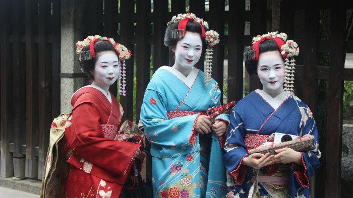 Geisha_Equinócio-da-Primavera-no-Japão-10-dicas-do-que-fazer-nessa-estação_Viajando-para-o-Japão_Vida-de-Tsuge-VDT