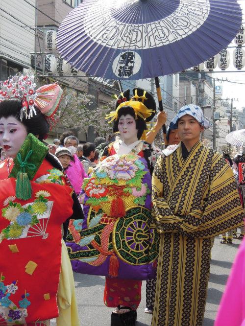 Ichiyo-Sakura-m_181225-jnto_Equinócio-da-Primavera-no-Japão-10-dicas-do-que-fazer-nessa-estação_Viajando-para-o-Japão_Vida-de-Tsuge-VDT