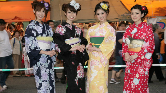 yukata_4-símbolos-do-verão-japonês_Cultura-Japonesa_Vida-de-Tsuge_VDT