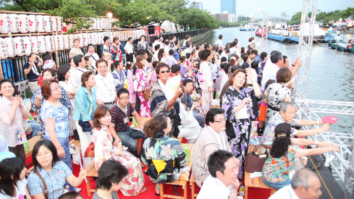 tenjin2-festival-osaka_Gion-matsuri-em-kyoto_Cultura-Japonesa_Vida-de-Tsuge_VDT