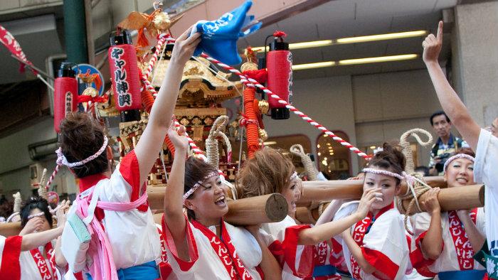 tenjin3-festival-osaka_Gion-matsuri-em-kyoto_Cultura-Japonesa_Vida-de-Tsuge_VDT