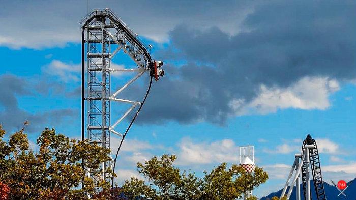 takabisha_fuji-q-highland_parques-de-diversoes-no-japao_viagem-pro-japao_vida-de-tsuge_vdt
