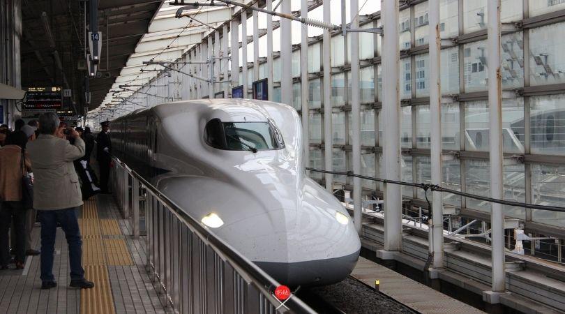 shinkansen2-n700s_vidadetsuge - Copia