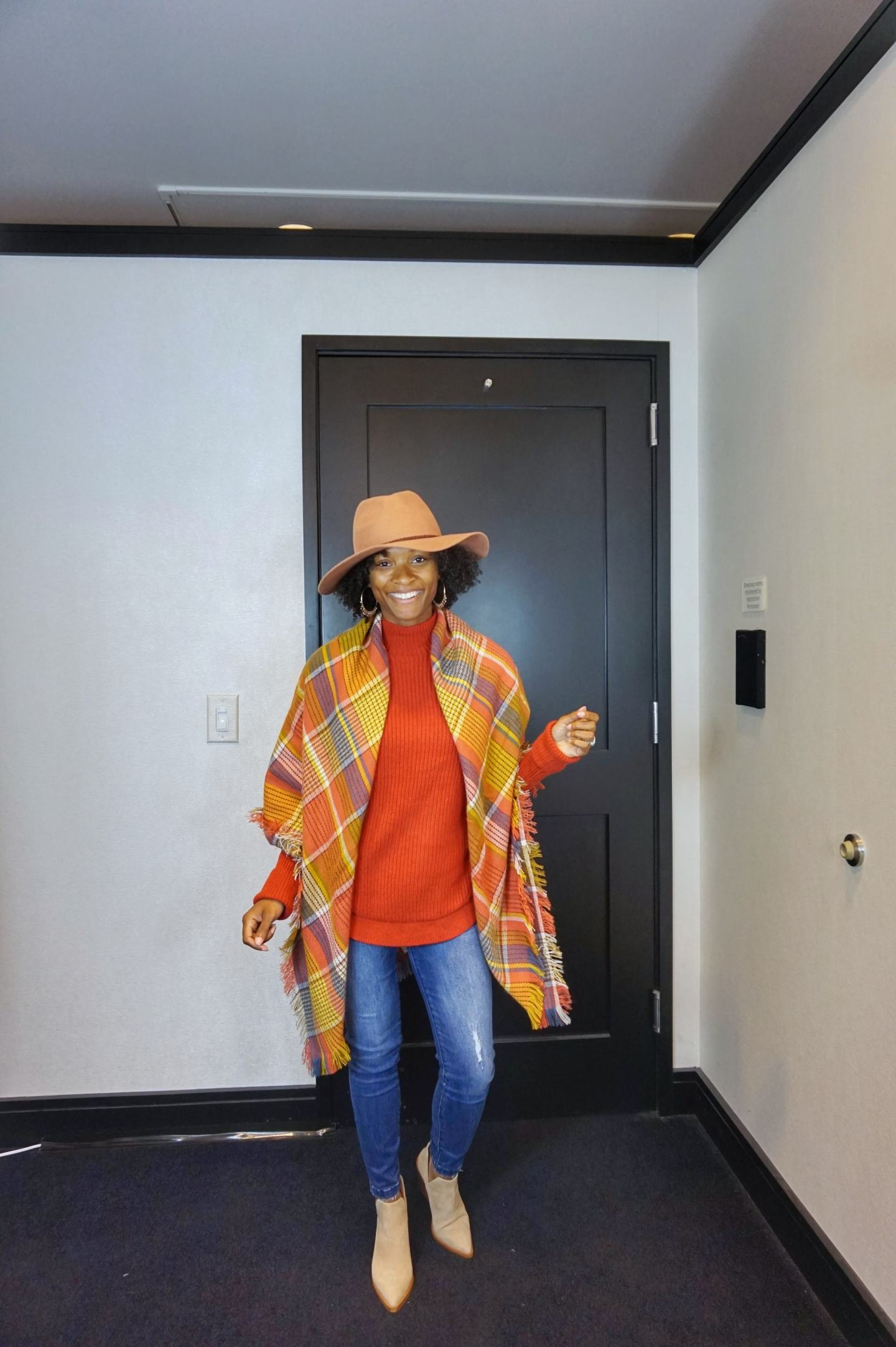 4 Ways To Style A Blanket Scarf