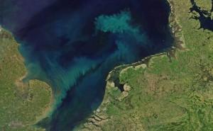 El color del clima. NASA Earth Observatory (lic.CCBYNCND)