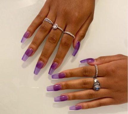 Diseño de uñas traslúcidas