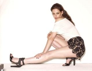 Kristen Stewart stretch