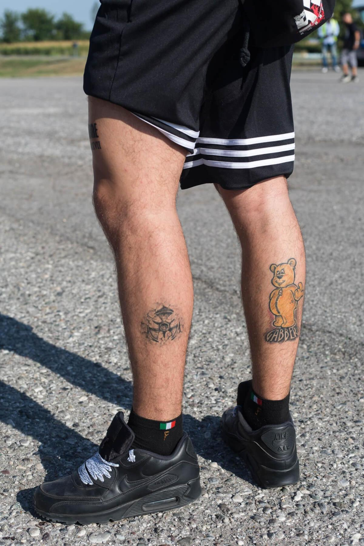 1507862421351 1507203033988 259965 A visitor of the 10 year anniversery of E Mission festival Left leg shows a the logo of Dutch Dominator festival right shows the logo of Rotterdam label Forze Records 062e74 original 1506944227 2 1