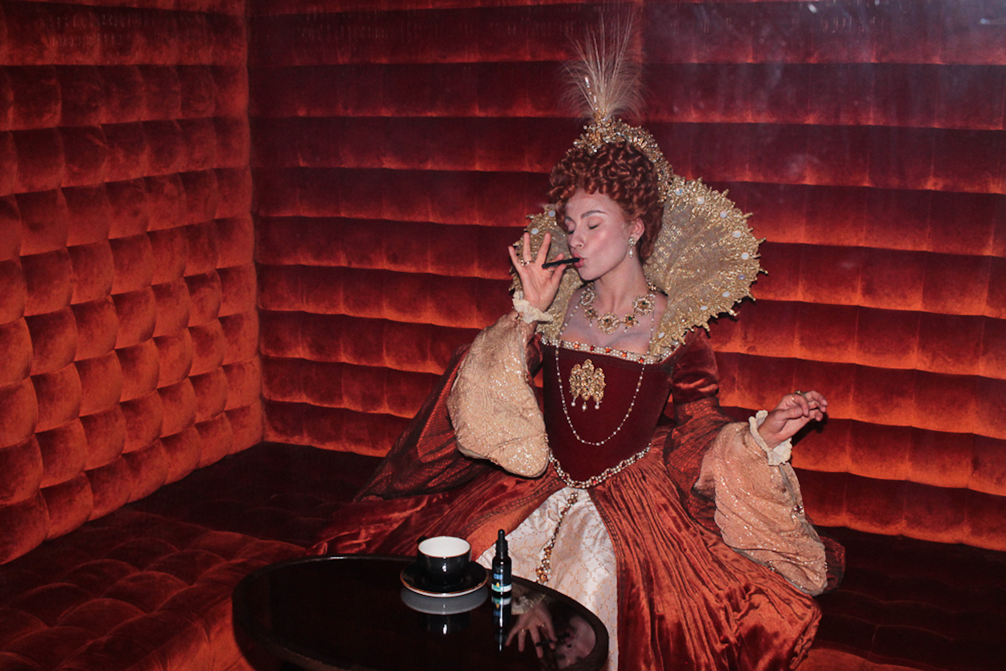 mary queen of scots vaping
