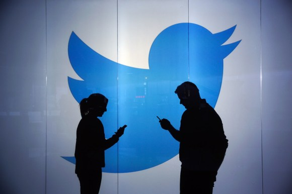 Hackers Convinced Twitter Employee to Help Them Hijack Accounts