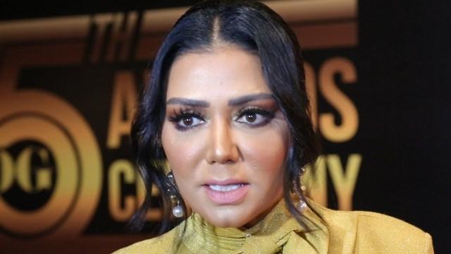 """رانيا يوسف تثير زوبعة جديدة بـ""""فستان الهوت شورت"""" وتعلق :الفستان مفيهوش أي حاجة!"""