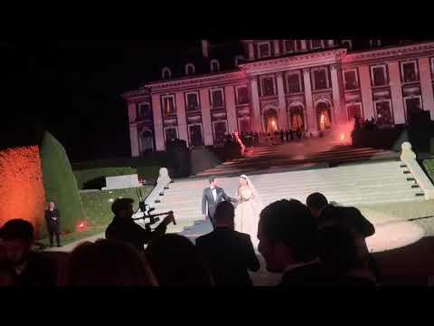 بالفيديو …حفل زفاف بملايين الدولارات في فرنسا لنجل مدير مصرف لبنان المركزي