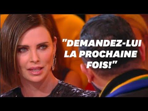 تشارليز ثيرون تلقن مذيع فرنسي درسا بعد قبلة مفاجئة