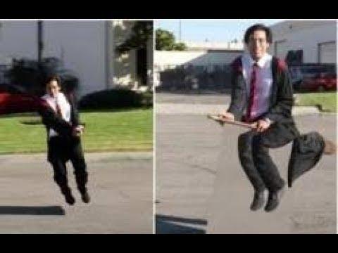 """ساحر أمريكي يطير على عصا مكنسة مثل """"هاري بوتر"""" .. ومفاجأة لحظة الكشف عن الخدعة !"""