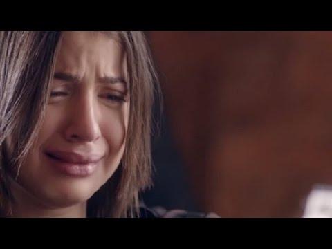 """بعد المقطع الإباحي.. شاهد: الفنانة المصرية """"منى فاروق"""" تنهار باكية وتهدد بالانتحار على الهواء"""