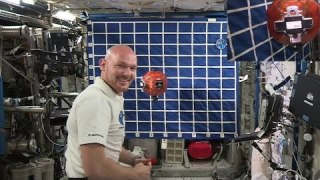 Demonstrating Rosetta?s Philae lander on the Space Station