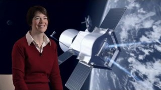 Micha Schmidt and Elsa Montagnon talk about their careers at ESA