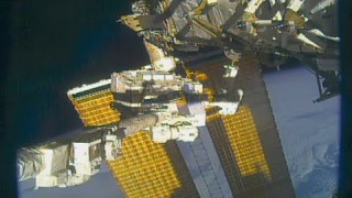 Another Power-Packed Spacewalk Outside the Space Station on This Week @NASA – July 17, 2020