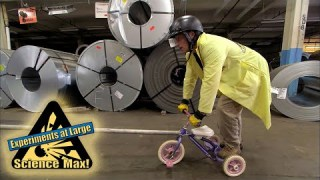 Science Max | GRAVITY | FUN EXPERIEMENTS | Kids Experiments