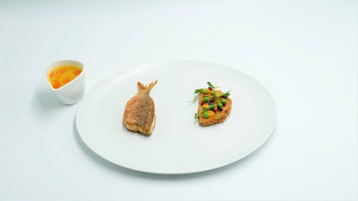 MasterChef 5 | Μπαρμπούνι με κροκέτα πατάτα- τσορίθο, καρότο, αρακά και σάλτσα κακαβιά