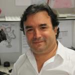 Professor Roberto Salgado