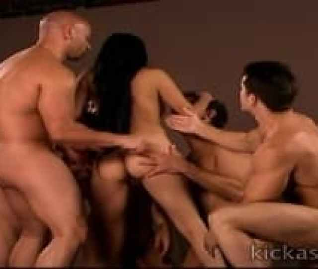 Slut In The Middle Of A Gangbang