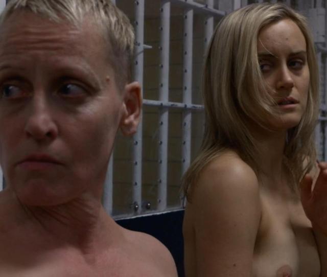 Taylor Schilling Nude Orange Is The New Black S02e01 2014