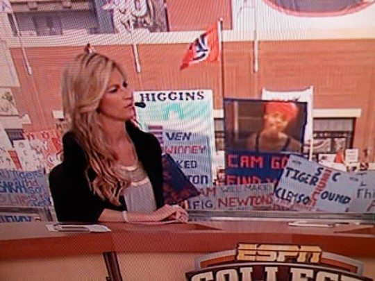 Antoine Dodson Making Game Day Sign…Real American Hero