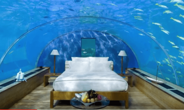 10 Unbelievable Underwater Buildings
