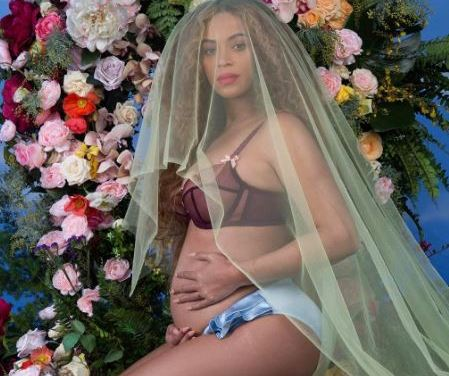 Breaking News: Beyonce is Pregnant with Twins!