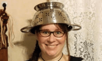 A Pastafarian Is Allowed To Wear Spaghetti Strainer In Driver's License