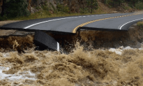 Raging Flood Waters Leave Many Stranded in Colorado