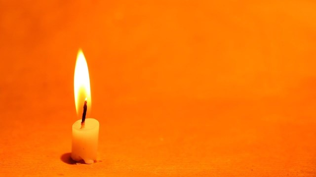 FOOTAGE BURNING CANDLE Full HD