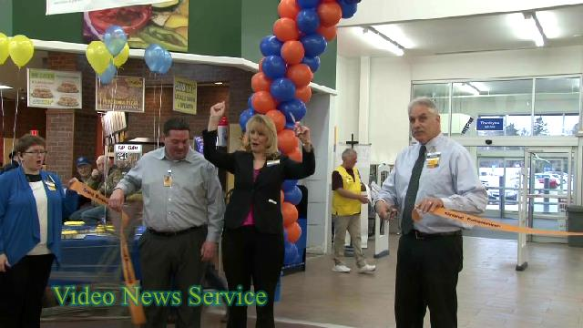 BATAVIA/Wal-Mart gives back to the community during their remodel/re