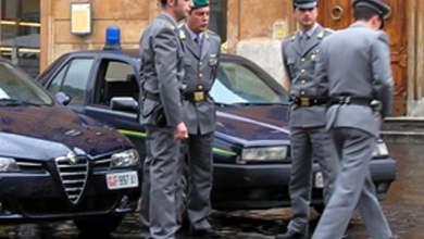Photo of Napoli – Divieto dimora per dipendente Tribunale accusato di peculato