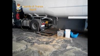 Photo of Afragola – Contrabbando petrolio: sequestrati oltre 67mila litri di carburante