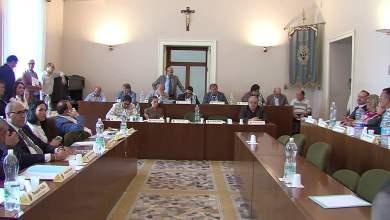 Photo of Nola – Consiglio, passano i debiti fuori bilancio