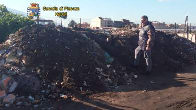 Photo of Boscoreale – Discarica abusiva, sequestrate 50 tonnellate di rifiuti