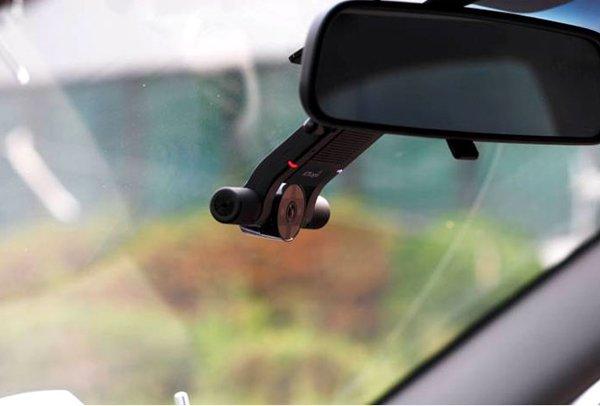 Крепление автомобильного видеорегистратора 4