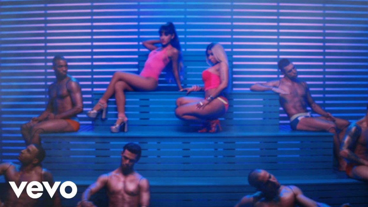 Ariana Grande - Side To Side ft. Nicki Minaj - Music Video